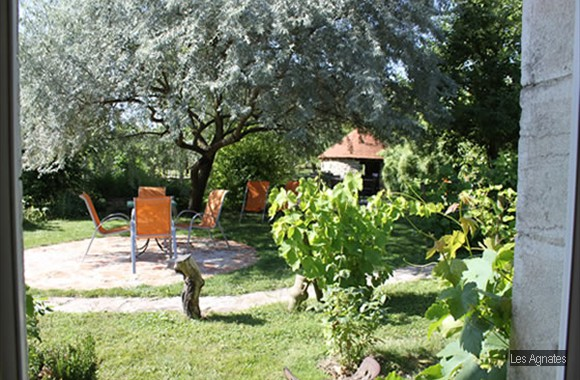 LesAgnates-bed and breakfast - near Dijon